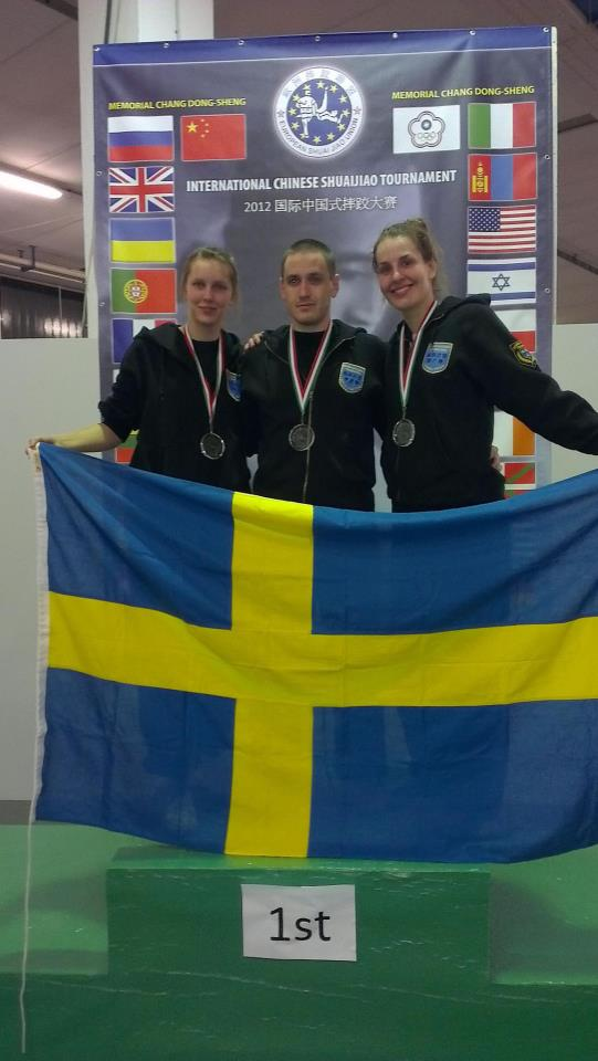 The 3 Swedish gold medalists in the 2012 International Chinese Shuai Jiao Tournament - Chang Tung-Sheng memorial. Ida Wallin, Marcus Johansson and Paulina Wysotzky